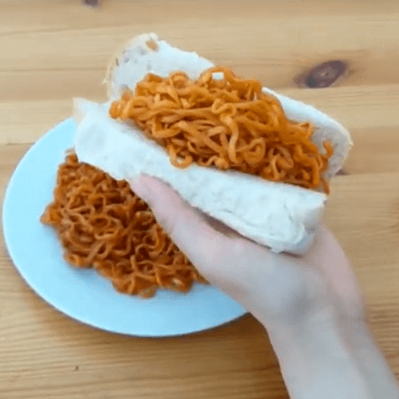 hot chicken noodles hotdog bun