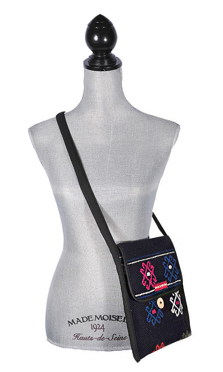 Yatha Shoulder Bag