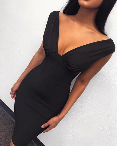 Off Shoulder Plunge Black Cocktail Dress