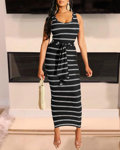 Sleeveless Striped U-Neck Sheath Dress