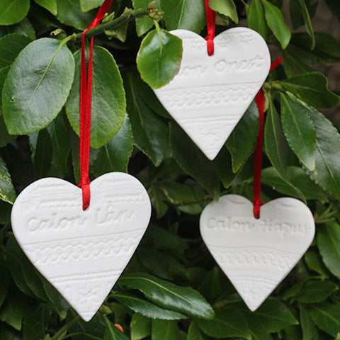 Calon Lân‎- Set of Three Porcelain Hearts-Accessory-The Welsh Gift Shop
