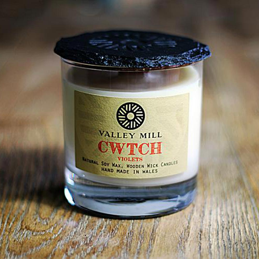 Soy Candle & Coaster - Handmade - Cwtch-Candle-The Welsh Gift Shop