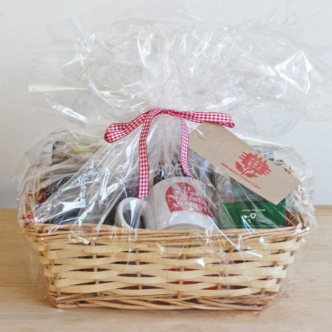 Gift Basket / Hamper -  St. Dwynwen / Valentine - Cosy Drinks Set
