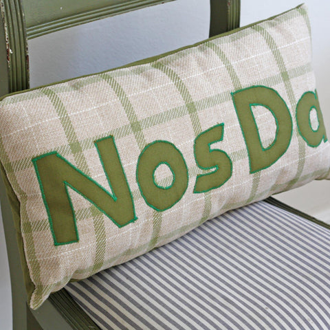 Cushion - Plaid - Nos Da / Good Night-Cushion-The Welsh Gift Shop