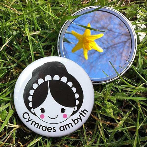 Pocket Mirror - Cymraes am Byth - Welsh Lady Forever-Accessory-The Welsh Gift Shop