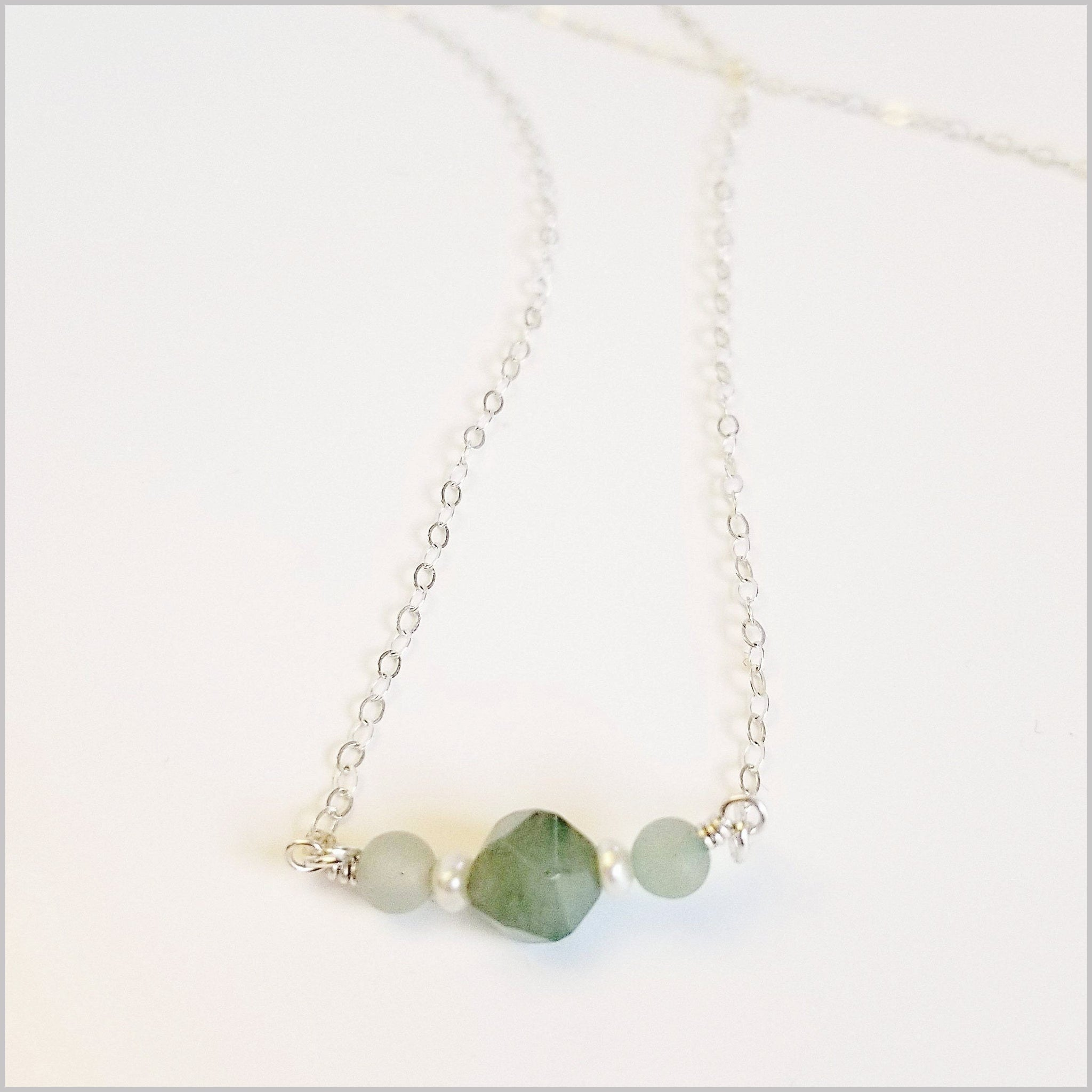 Natural Aventurine and Pearl Necklace
