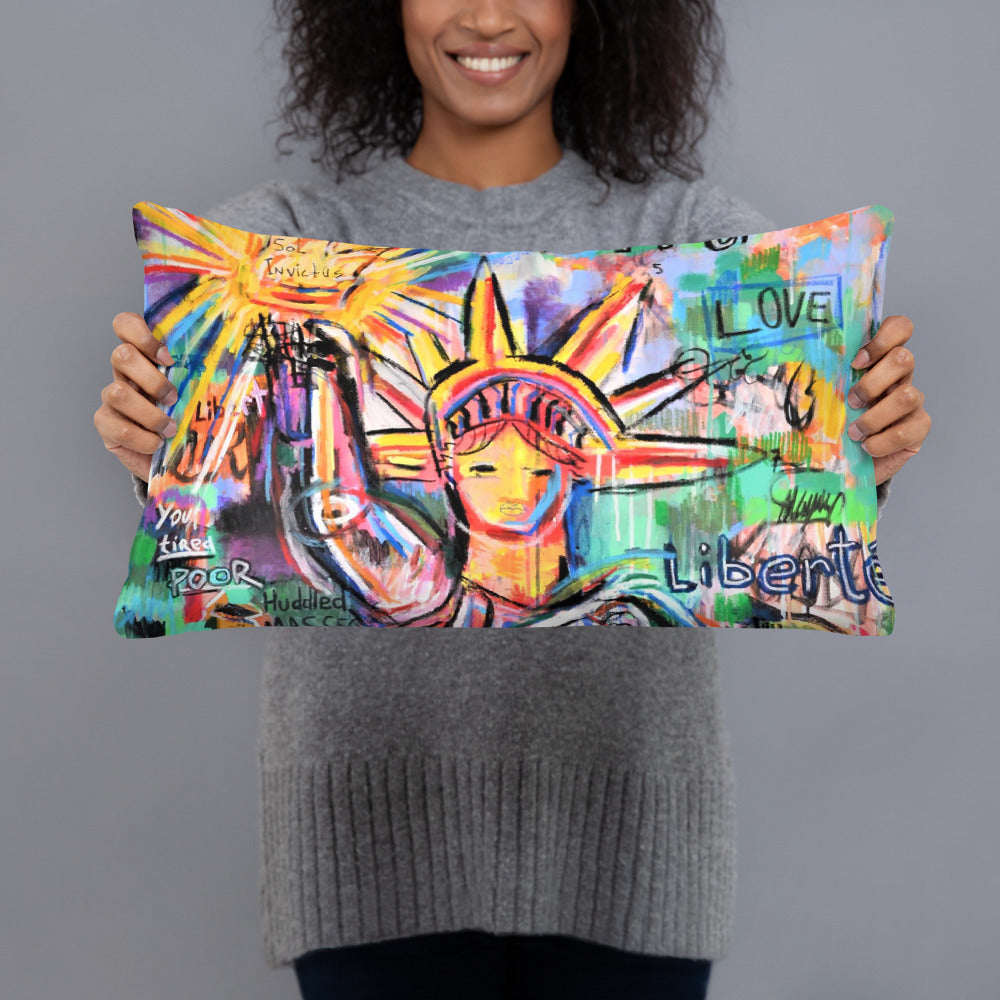 La Liberte Basic Pillow