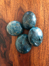 Load image into Gallery viewer, Blue Apatite Palmstone