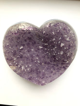 Load image into Gallery viewer, Amethyst Heart - Very Large