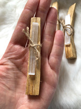 Load image into Gallery viewer, Palo Santo and Selenite