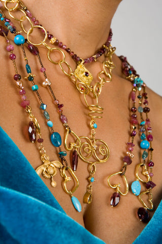 3 Tips for Buying Gold Jewelry – Greek Island House