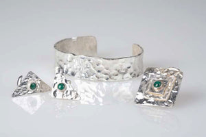 Hand hammered Men's Sterling & Malachite collection
