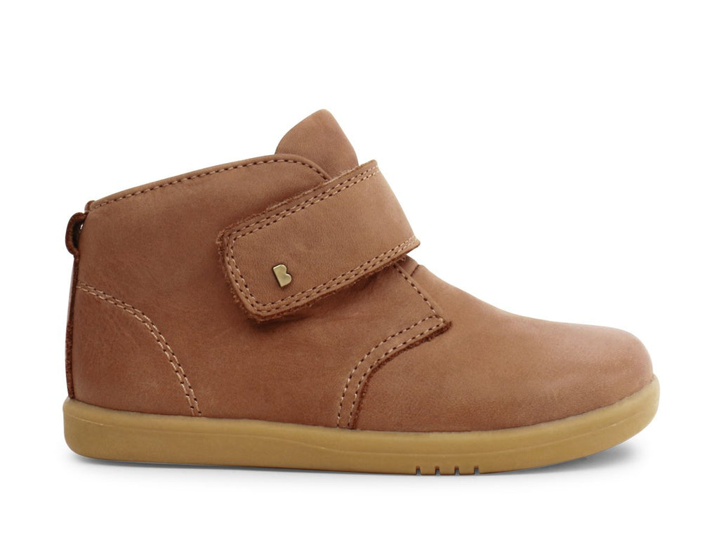bobux i walk desert boot in caramel