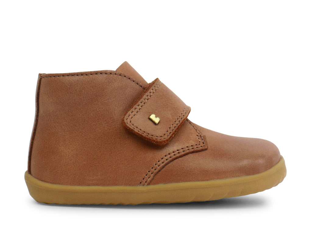 bobux step up desert boot in caramel