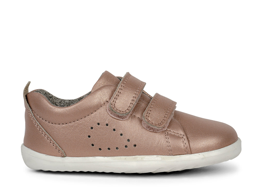 bobux step up grass court leather sneaker in rose gold