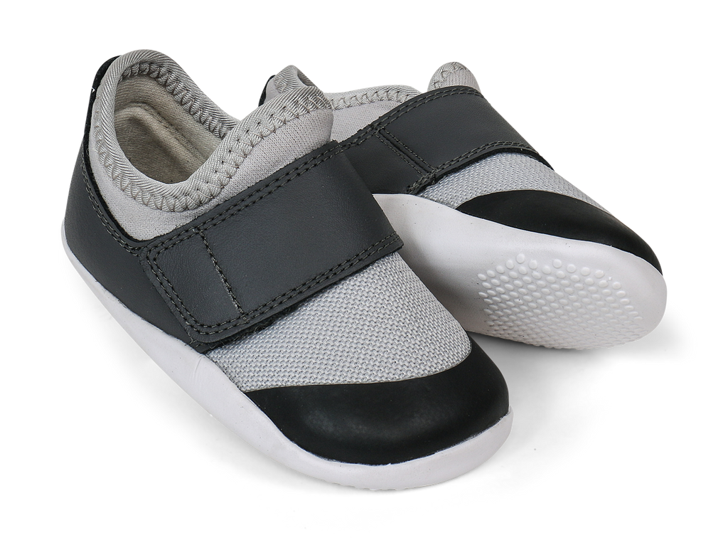 bobux XP dimensions II trainer in grey + charcoal