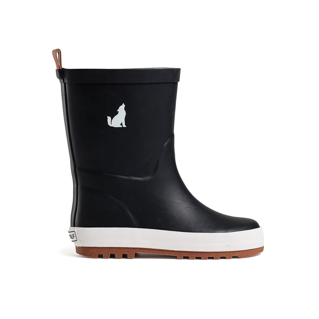 crywolf rain boots in black