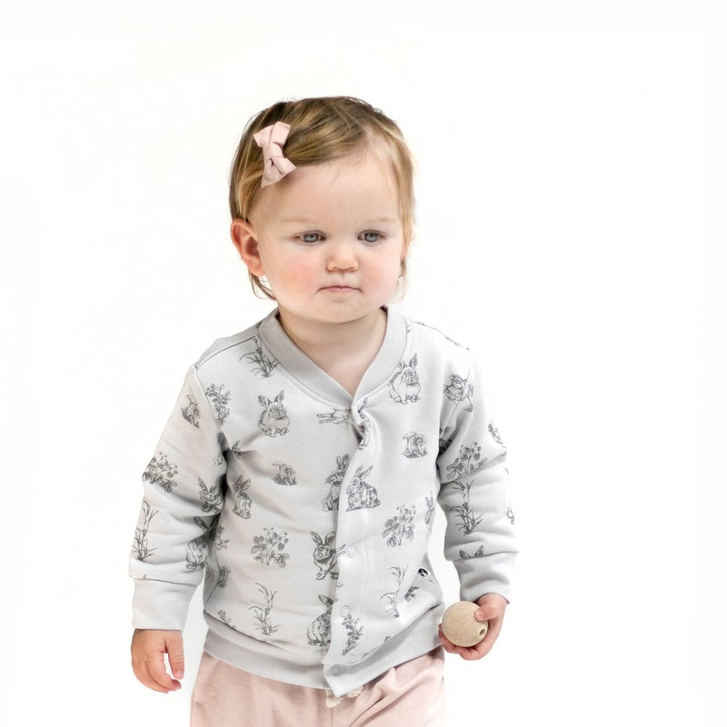 burrow & be cotton fleece cardigan in grey burrowers print