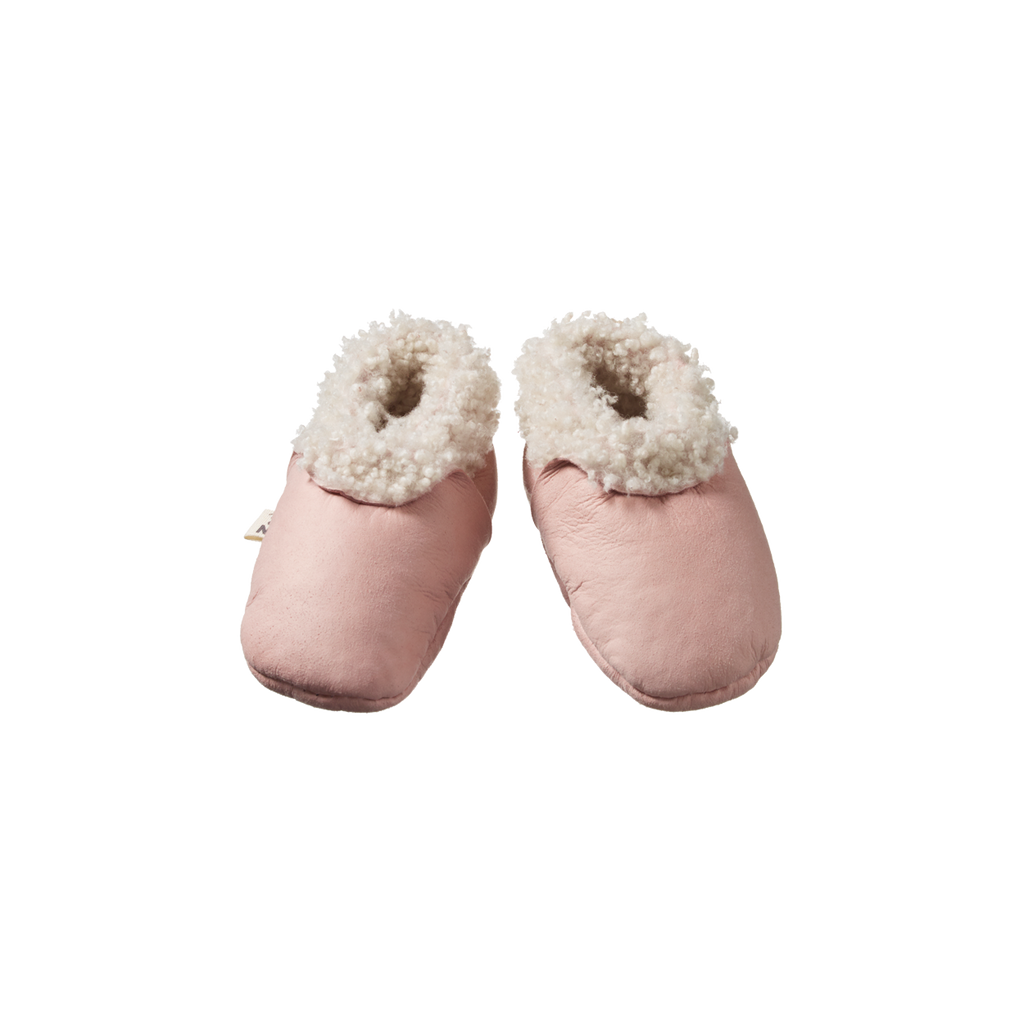 nature baby lambskin booties in rose bud
