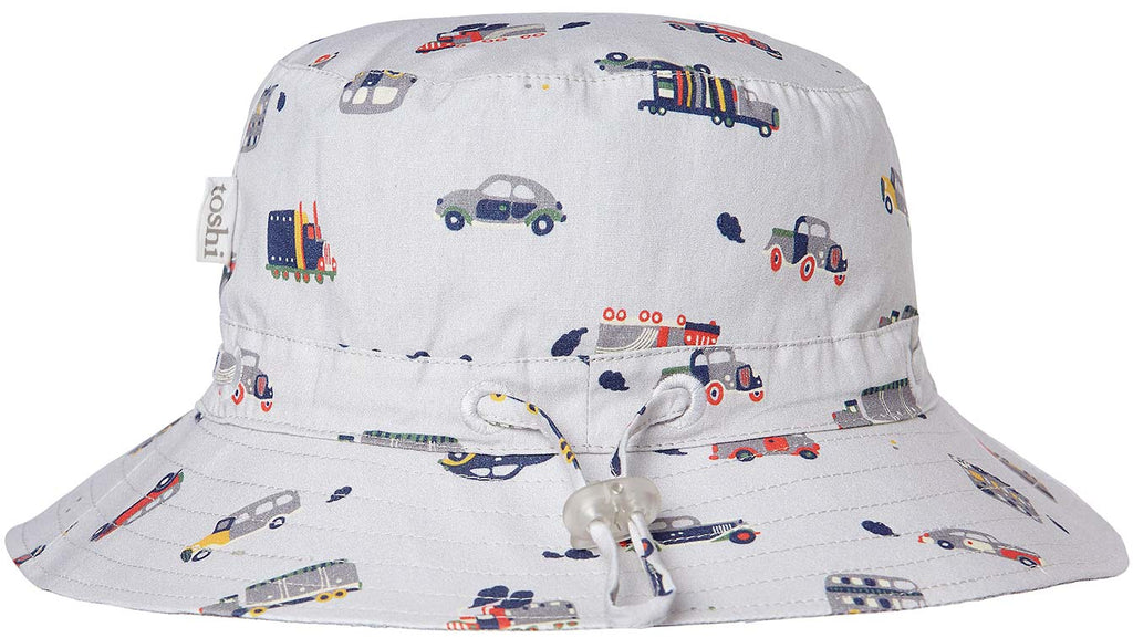 toshi boys story time sun hat in toot toot print