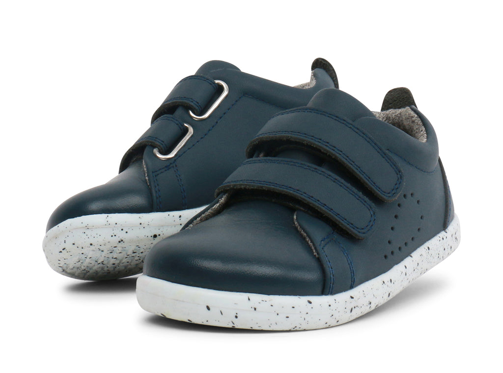 bobux i walk grass court trainer sneaker in navy