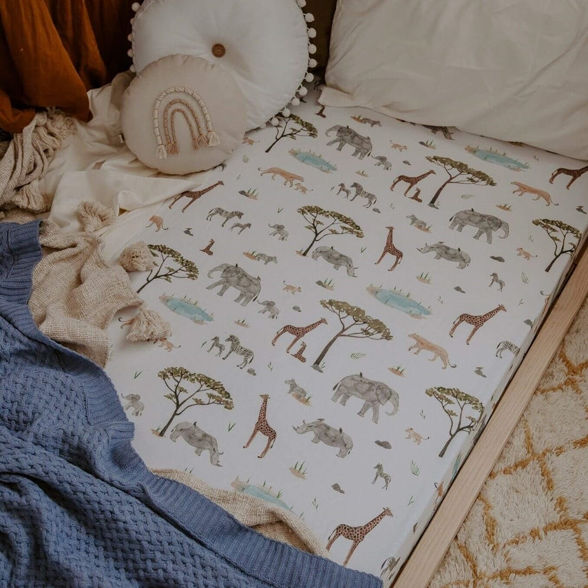 snuggle hunny kids cot sheet in safari