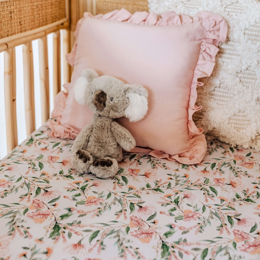 snuggle hunny kids fitted cot sheet in wattle