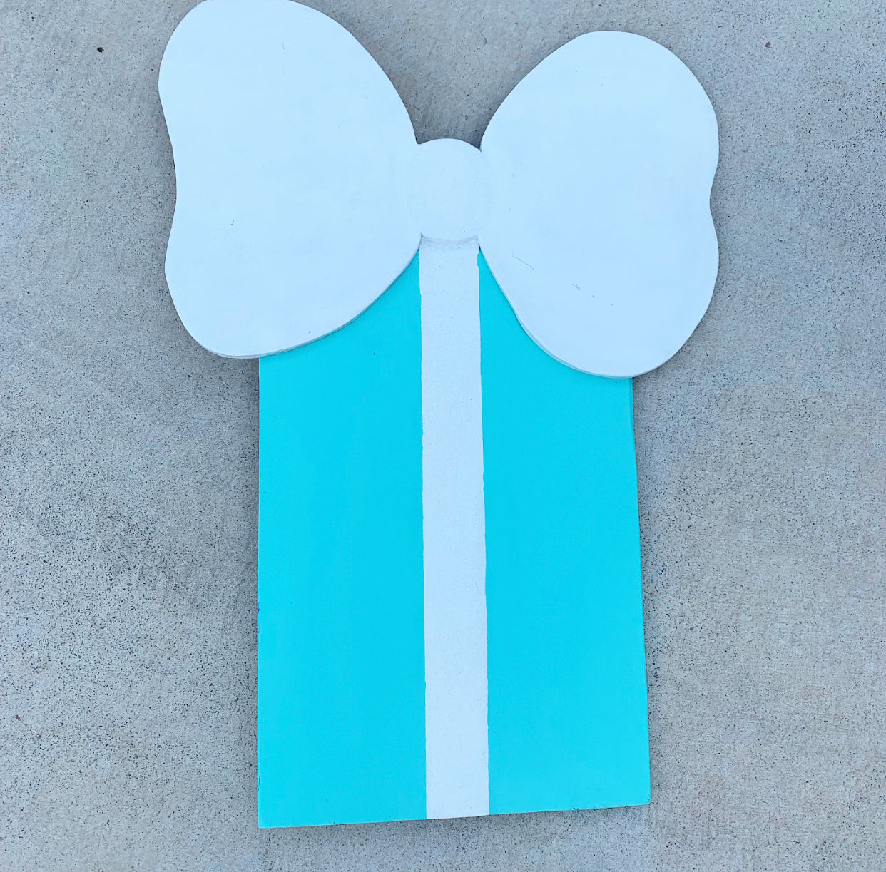 Turquoise Present with Glitter Bow