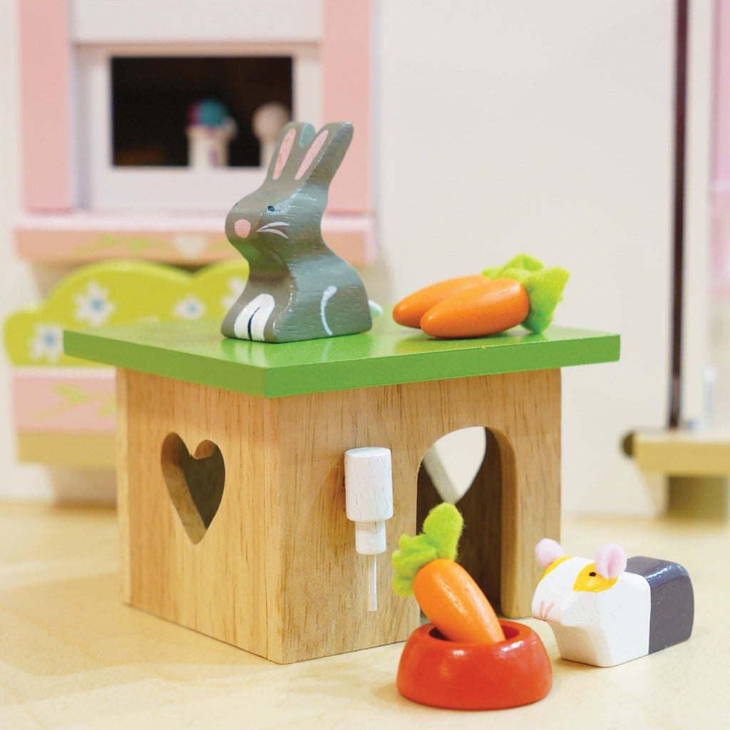 Wooden Bunny & Guinea Pig Play Set