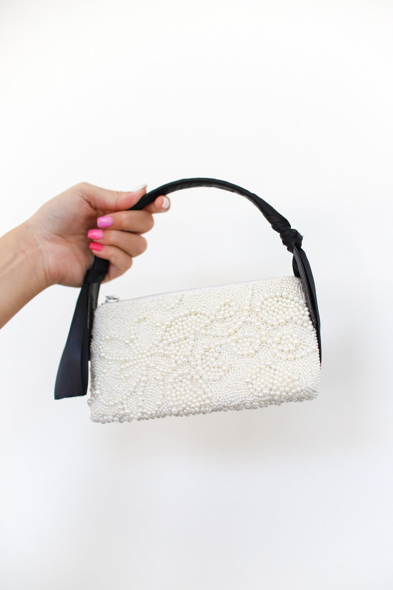 Ady Pearl & Satin Purse