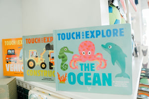 Touch & Explore Vehicles Book