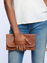 Able Mare Handle Clutch (2 colors)