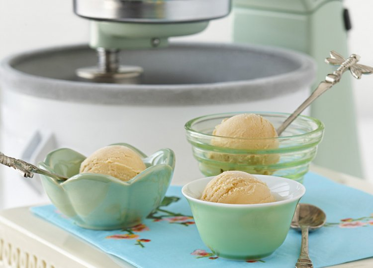 green_tea_jasmine_petal_ice_cream