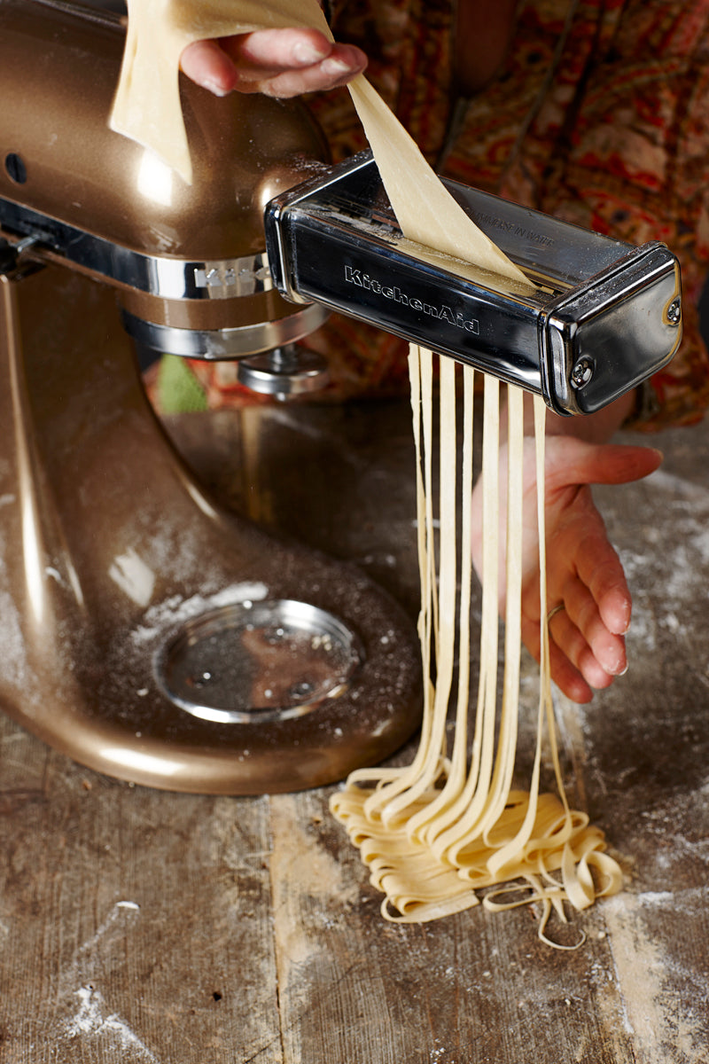 lemon-scented_fettuccine_step15.jpg
