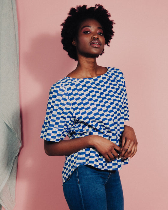 Organic cotton pleated top in Blue Bridge print SS21 pre-order