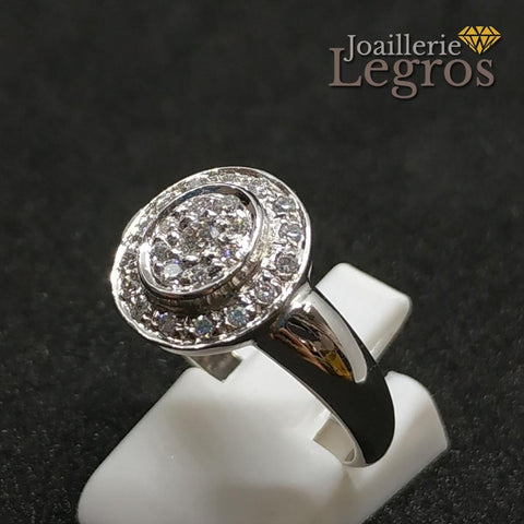 Bijou Bague diamants or blanc 18 carats entourage et pavage diamants joaillerie legros bijouterie