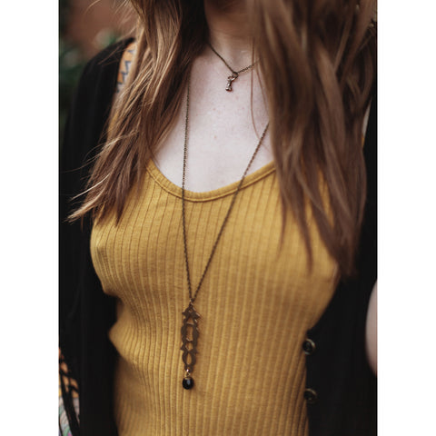 layering necklace guide