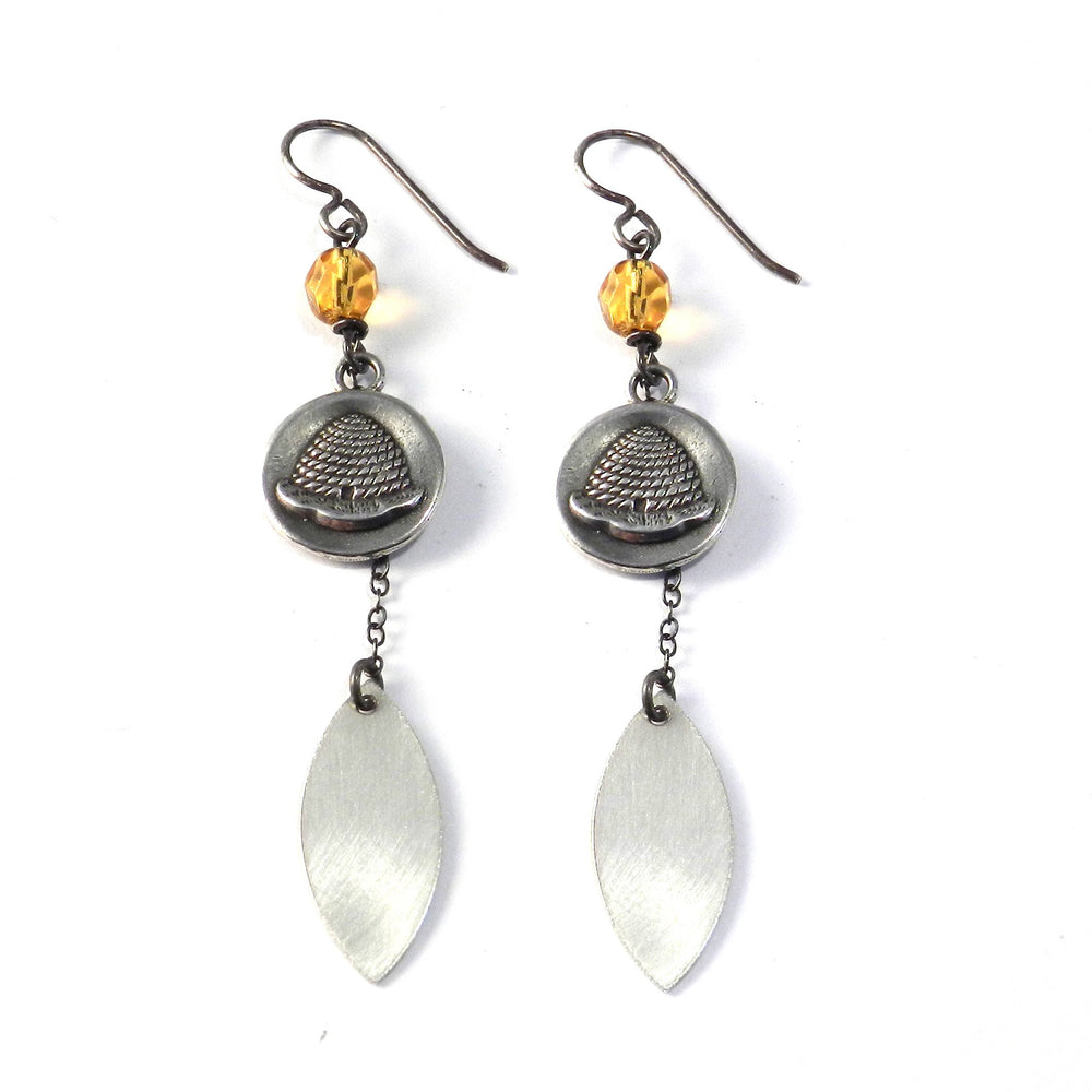 BEEHIVE Petal Earrings - SILVER