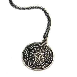 COMPASS ROSE STAR Classic Necklace - SILVER