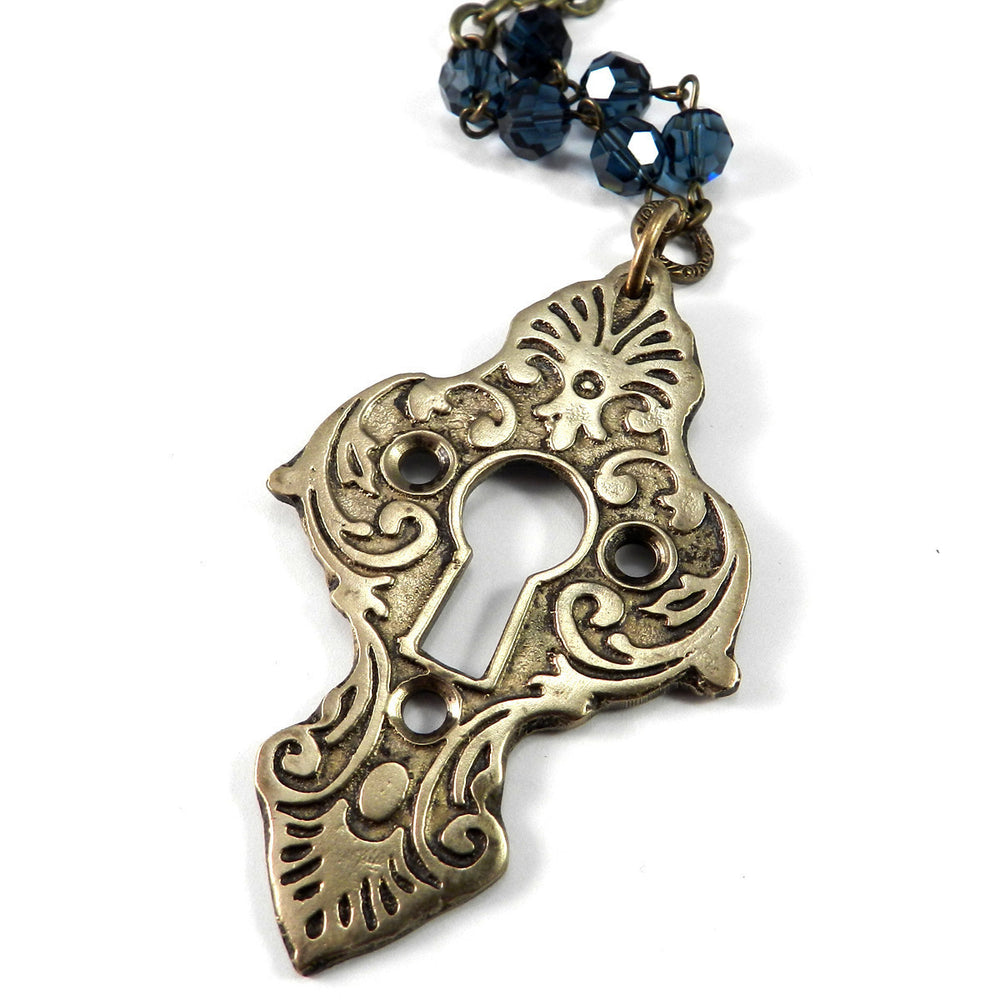 Medina Antique Keyhole Necklace - Mist Blue Crystal