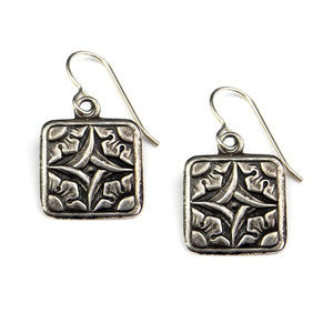 SIRIUS Dog Star Vintage Button Earrings - SILVER