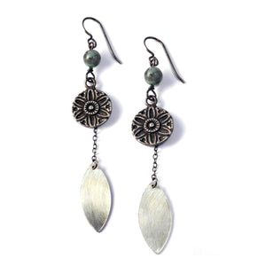 SUNLIGHT Petal Earrings - SILVER