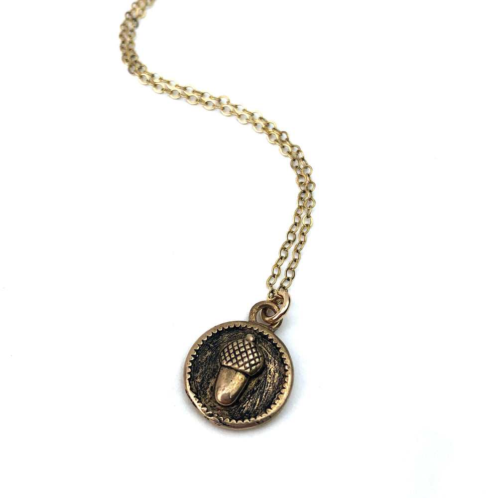 ACORN Vintage Charm Necklace - GOLD