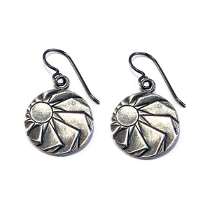 HORIZONS Vintage Button Earrings - SILVER