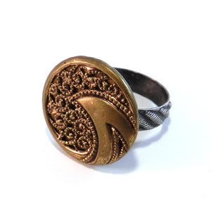 Golden Wave - Antique Button Ring - Size 8 1/2