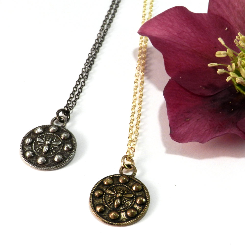 QUEEN BEE Antique Button Necklace - GOLD