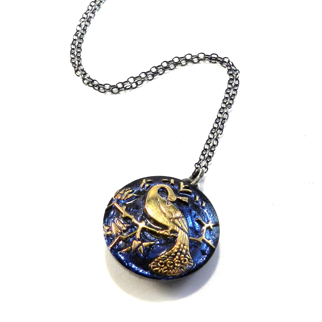 BLUE SKY PEACOCK Vintage Button Necklace - Silver