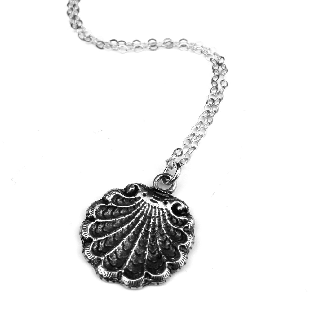 SEA SHELL Classic Necklace - SILVER