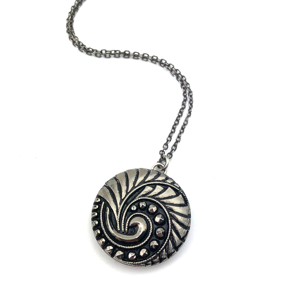 Geometric Spiral Antique Button Necklace - Silver