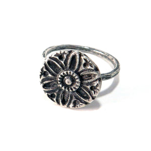 SUNFLOWER / SUNLIGHT Vintage Button Ring - Sterling Silver